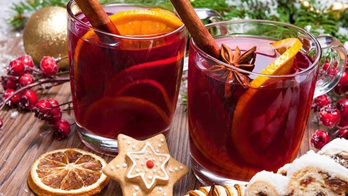 4 Ζεστά, Αρωματικά Κρασιά μετουσιώνονται στα απόλυτα ροφήματα των γιορτών.
