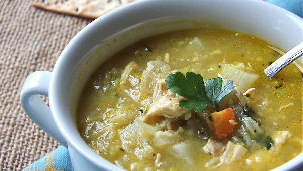 Όλα τα μυστικά για Θρεπτική, Πεντανόστιμη Κοτόσουπα με Λαχανικά και Λεμόνι!