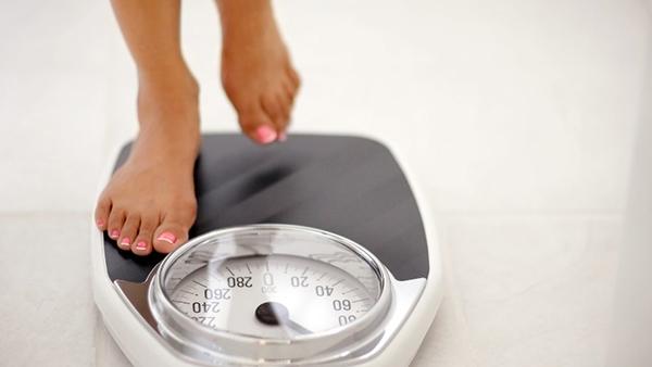 Ιδανικό βάρος: Πόσα κιλά πρέπει να είστε ανάλογα με το ύψος σας.