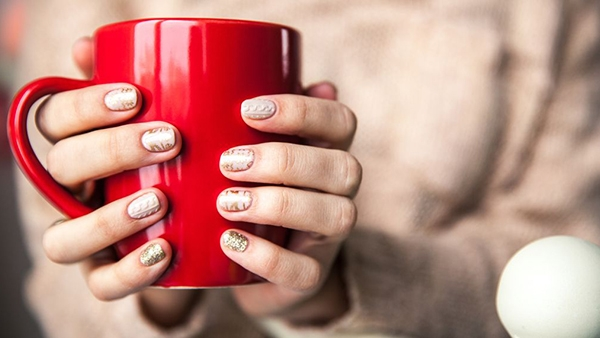 Πλεκτά και στα νύχια! 3D μανικιούρ, η απόλυτη τάση για το χειμώνα