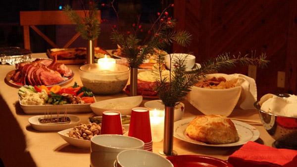 Τι έτρωγαν οι Έλληνες τα Χριστούγεννα (που δεν το τρώνε σήμερα);