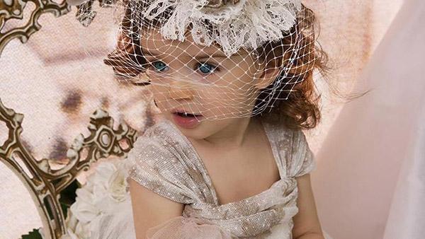 Κουκλίστικα βαφτιστικά φορέματα!!