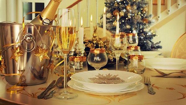 Δώσε λάμψη στο Πρωτοχρονιάτικο ρεβεγιόν – Εύκολοι τρόποι
