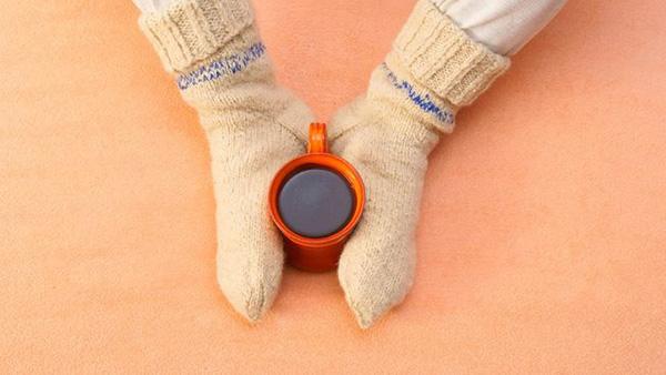 Τα πόδια σας είναι μονίμως κρύα; Αυτοί είναι οι λόγοι που πρέπει να προσέξετε!