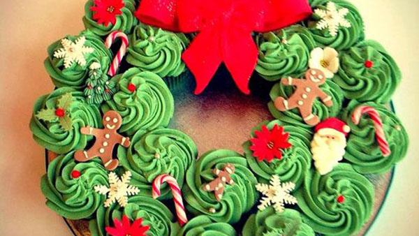 20 χαριτωμένες ιδέες Χριστουγεννιάτικης Διακόσμησης των Cupcakes
