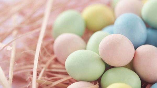 Βάψτε τα αυγά σας παστέλ με χρώματα ζαχαροπλαστικής!