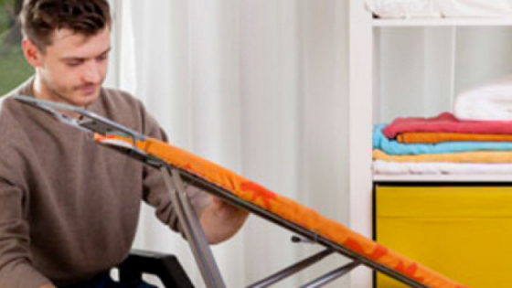 Μην πετάξετε την παλιά σας σιδερώστρα, αφαιρέστε το ύφασμα και φτιάξτε κάτι υπέροχο!