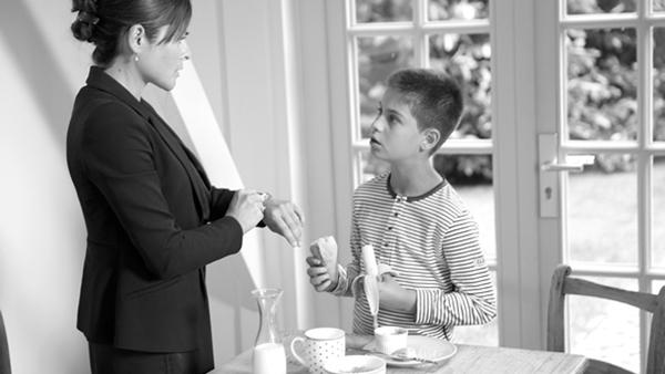 6 tips για να επιταχύνετε την πρωινή ετοιμασία για το σχολείο