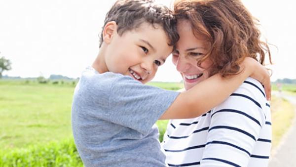 9 ευχάριστες δραστηριότητες αποκλειστικά για Mαμάδες και Γιους!
