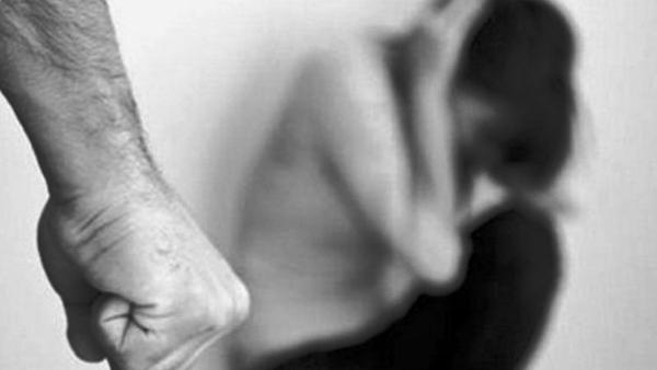 Γυναίκες θύματα βίας μέσα στο σπίτι τους: ποιοι είναι οι νόμιμοι τρόποι αντίδρασης;