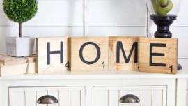 ΤΕΛΕΙΑ ΙΔΕΑ! Φτιάξτε γιγάντια γράμματα scrabble για τον τοίχο.