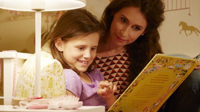 Η όραση κινδυνεύει από τον κακό φωτισμό! Ανησυχούν οι γονείς για την αύξηση της παιδικής μυωπίας.
